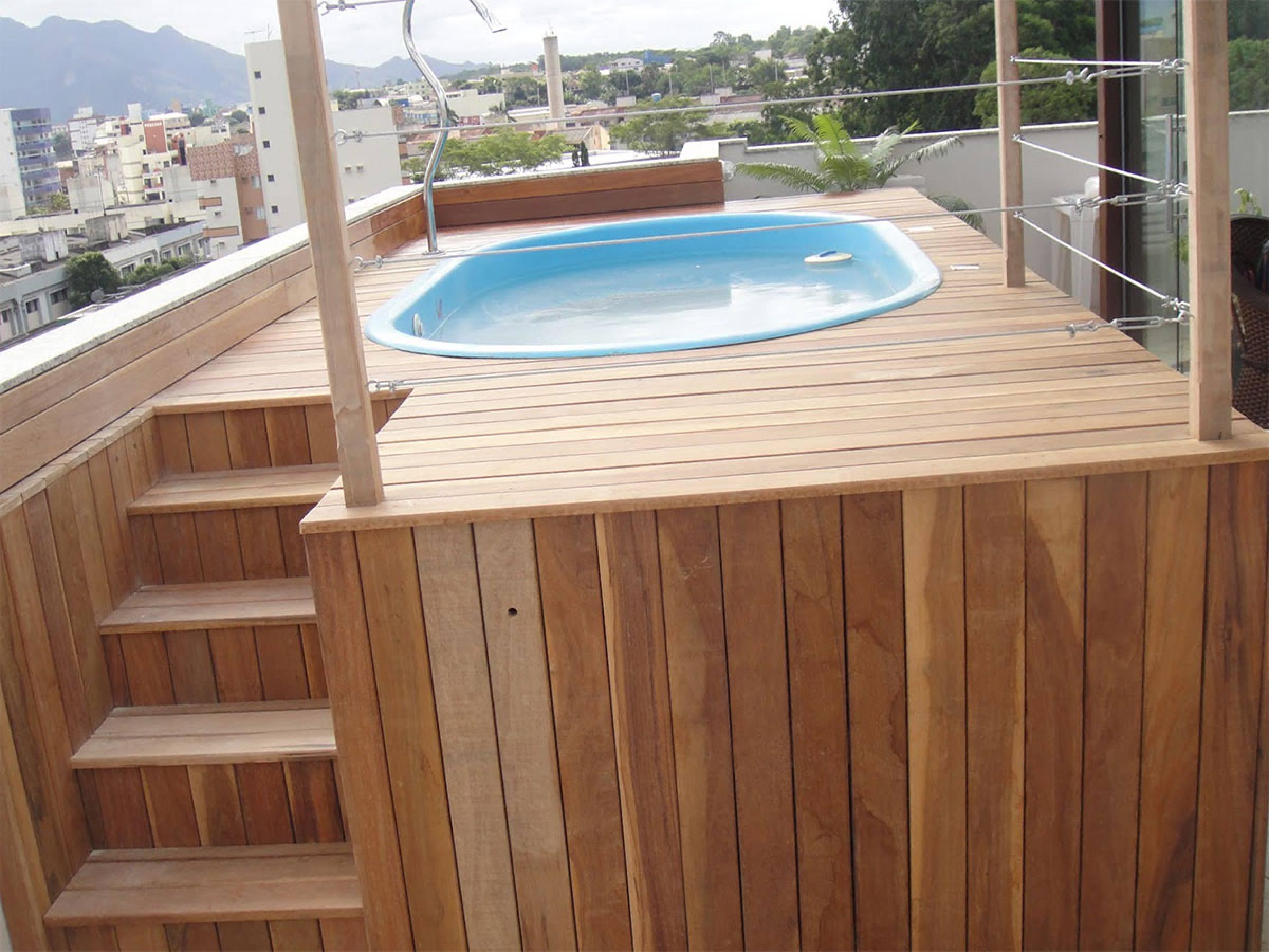 Pool Decking Tiles